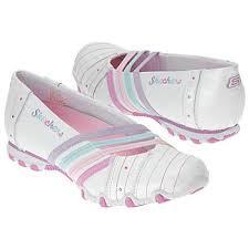 أحذية images?q=tbn:ANd9GcT