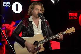 Youngblood 5 Seconds Of Summer Perform Youngblood For Bbc Radio 1