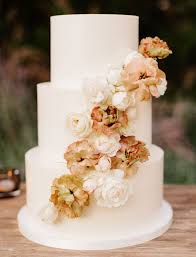 15 Jaw Dropping Floral Cake Ideas For Your Wedding Green Wedding Shoes