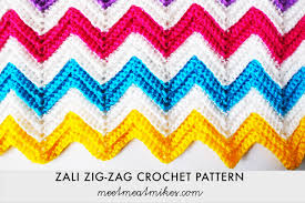 Double Crochet Chevron Pattern Impressive Tutorial How To Crochet A Zali ZigZag Chevron Blanket