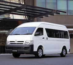 Toyota HiAce Commuter Review: 2005-on