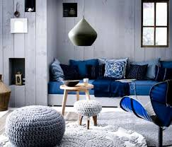 Color Scheme: Black and Blue  Blue-and-White-Contemporary-Living-Room-Ideas