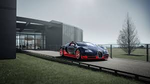 The pinnacle of luxury created in a cooperation between bugatti and hermès. Bugatti Veyron 16 4 Grand Sport Vitesse