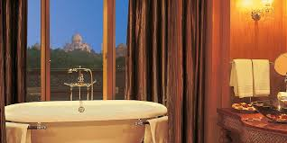 every room in the oberoi amarvilas in agra has a view of the taj mahal