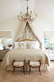 Plain Traditional Master Bedroom Ideas In Neutrals To Decorating
