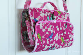 hanging cosmetics travel bag