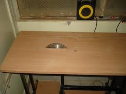 circular saw table mount. the work table with circular saw attached. this can do some of saw. is in area for scroll work. mount