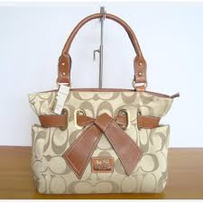 ... clearance sale coach poppy bowknot signature medium khaki totes and