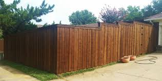 Wood and metal privacy fence Stockade Board On Board Wood Fence Metal Posts Ft Ft Wood Fence Companies Lifetime Fence Company Ft Board On Board Cedar Fence lifetime Fence Wood Privacy Fences