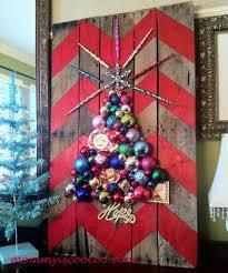 Wall Xmas Decorations 60 Diy Christmas Decorations Easy Christmas Decorating Ideas