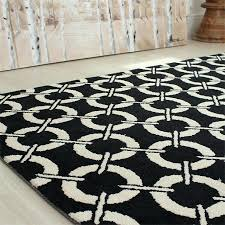 black and cream rugs these quality pieces are machine knitted in china from microfiber polyester giving black and cream rugs