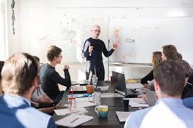 Qualities Of A Good Team Leader 5 Key Qualities Of A Good Team Leader Mtd