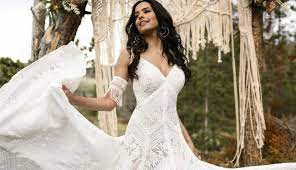 Lili Bridals has the best selection of wedding dresses in Los Angeles, California