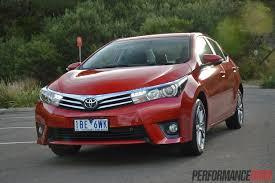 2014 Toyota Corolla ZR sedan-headlights |