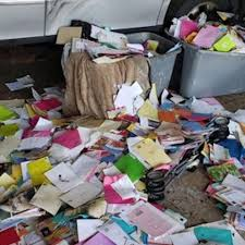 Postal worker pleads guilty to stealing money from over 6,000 greeting  cards - ABC News