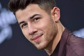 Voice fans are wishing coach nick jonas a speedy recovery. Some Pointed Out We Re All Human And Body Shaming Is Never Ok
