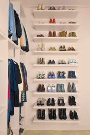 Resultado de imagem para armário roupas de frio feminina
