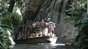 Based on disneyland's theme park ride where a small riverboat takes a group of travelers through a jungle filled with dangerous animals and reptiles but with a supernatural element. 2021 Disneyland Um Jungle Cruise Ride Neu Zu Interpretieren Gettotext Com