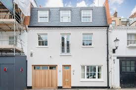 4 Bedroom Mews House To Rent In Pavilion Road Knightsbridge