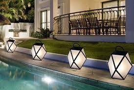 Creative outdoor lighting ideas Garden Lighting To Direct The Eye Lightology Creative Outdoor Lighting Lightology