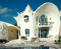 Top off your trip to paradise by staying in the Seashell House. Find out  more at Home Away.