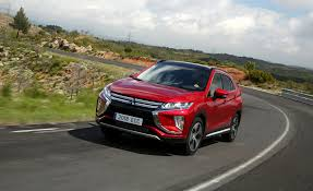 2018 mitsubishi eclipse cross. unique 2018 2018 mitsubishi eclipse cross pictures  photo gallery car and driver inside mitsubishi eclipse cross