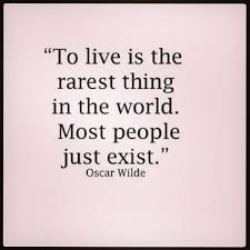 Just Live Life Quotes Amazing 48 Inspiring Life Quotes That Remind You To Live Life To The Fullest
