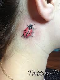 божья коровка татуировка на шее девушки фото рисунки эскизы