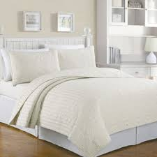 Buy Queen Quilts from Bed Bath & Beyond & Crystal Reversible Full/Queen Quilt Set in Ivory Adamdwight.com