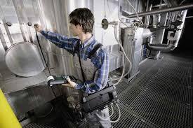 Характеристика студента с места прохождения производственной практики Мужчина на работе