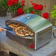 outdoor pizza kitchen