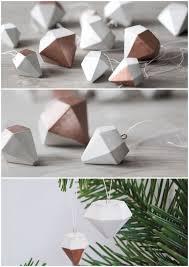 DIY Christbaum-Diamant-Hnger aus Beton // DIY concrete christmas decoration