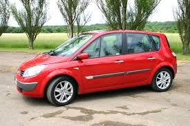 Renault Scenic Estate Review (2003 - 2009)   Parkers
