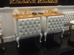 Luxurious Bathrooms Custom Decoration