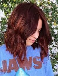 6150916 dark red hair