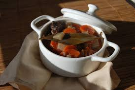 Image result for boeuf bourguignon presentation