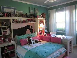 girl bedroom ideas themes. Http://media-cache-ak0.pinimg.com/originals/e5/77/39/e57739c95ed653f0dafd4cd83fe666b3.jpg | Attys Room Pinterest Horse Themed Bedrooms, And Girl Bedroom Ideas Themes T