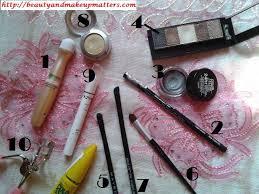 eye makeup tutorial greyish black smokey eyes