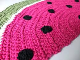 free crochet pattern half round rug crochet rug round crochet rug half circle watermelon pattern macaroni