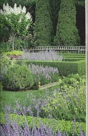 Kitchen Garden Cookbook The Polished Pebble Inas Garden In The Hamptons