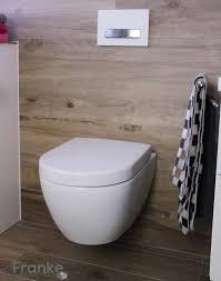 Badezimmer Mit Fliesen In Einer Holzoptik Vb Subway 20 Weiss
