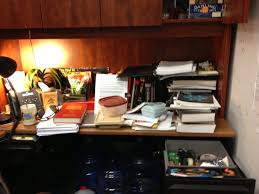 Office study desk Shape Image Via Shireen Gonzaga Lowes What Does Your Desk Say About You Find Out On Earthsky Human