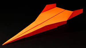 Paper Airplane Designs That Fly Far How To Make A Paper Airplane That Flies Far Best Paper Airplanes Cool Origami Avion En Papier