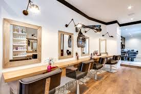 R Novation Totale Salon Coiffure Paris Un Espace Atypique Tout