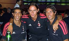 Reports: Rui Costa could help out friend Maldini as Milan begin talks over  €50m Benfica star