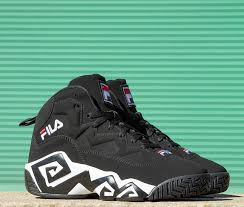 fila 2016. fila debuts its under the lights pack to kick-off 2016 fila