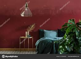 Schlafzimmer Innenraum Mit Glas Lampe Hängend über Dem Nachttisch