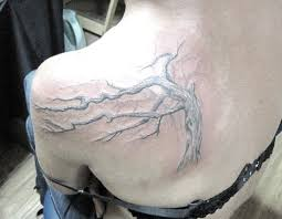 белые тату