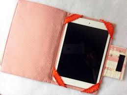 iPad Case - 6 Must Sew Things for 21st Century Girl (Free Sewing ... & iPad Case - 6 Must Sew Things for 21st Century Girl (Free Sewing Patterns) Adamdwight.com