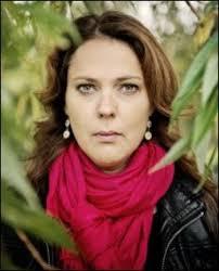 Norge behandler barn på flukt som om de er mindre verdt enn andre barn, mener filmskaper Margreth Olin. Nå kan du stille spørsmål til henne om hva som er ... - 2797